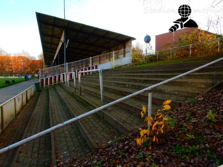 Altona 93 - HSV Barmbek-Uhlenhorst_06-12-15_01