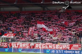 SSV Jahn Regensburg - FC Erzgebirge Aue_01-04-18_24