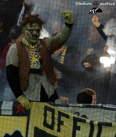 FC Erzgebirge Aue - SG Dynamo Dresden_01-04-19_15