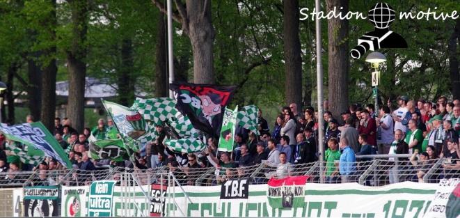 1 FC Schweinfurt 05 - SV Wacker Burghausen_22-04-19_07